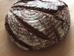 frischegebackenes Brot